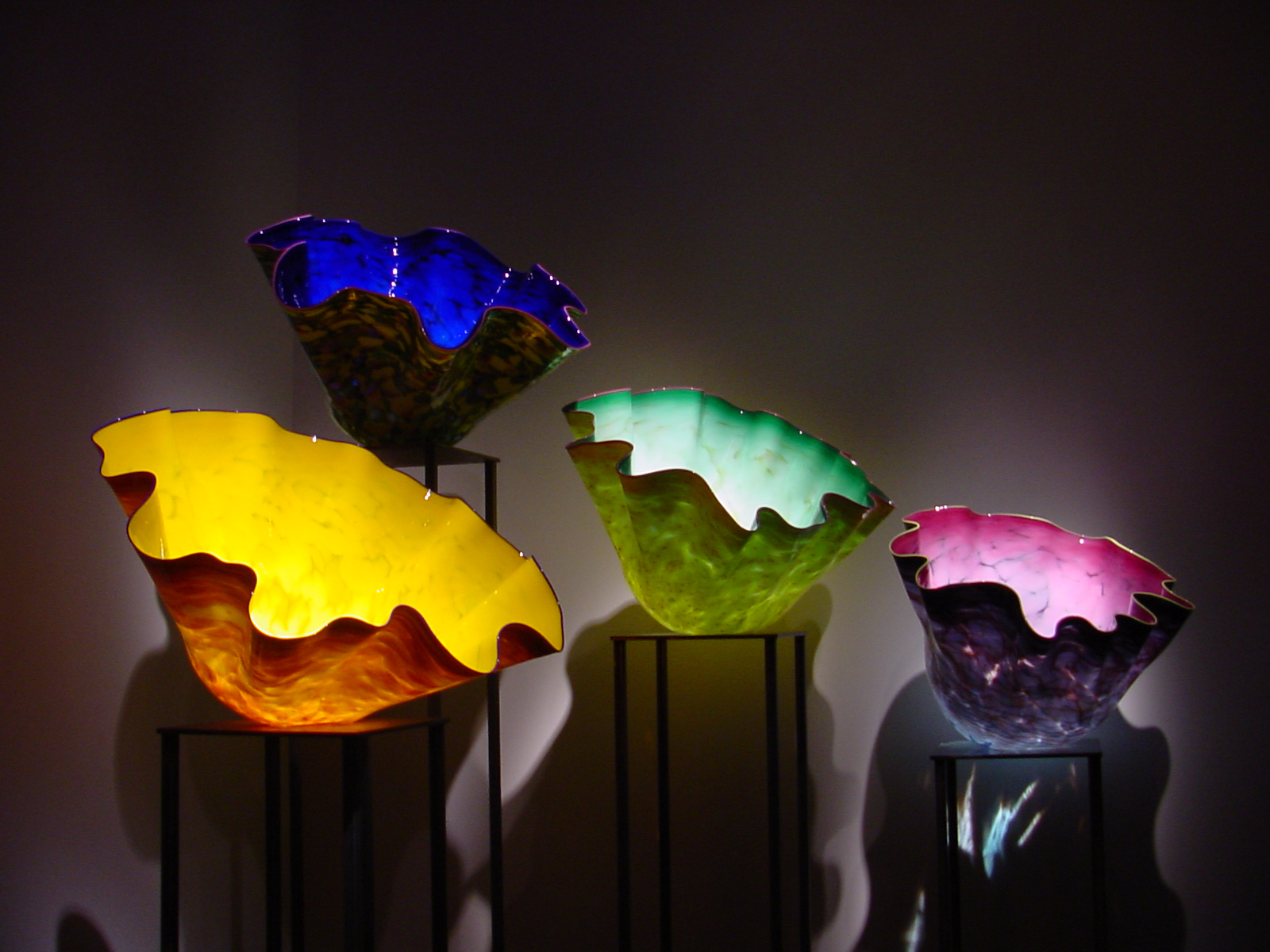 http://www.kellygrimm.com/images/chihuly01-1600x1200.jpg